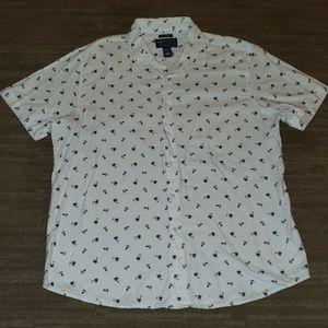 🎀 BOGO free item- American Rag shirt